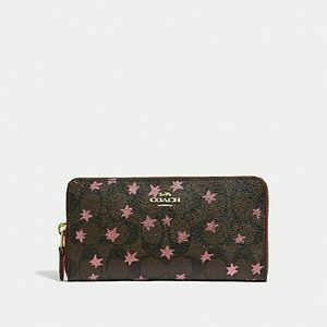 Nwt Coach Pop Star accordion wallet